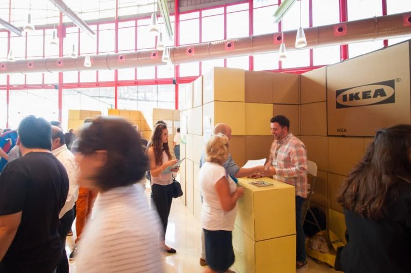 Stand de carton para IKEA en Málaga Emplea