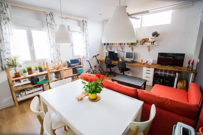 salón comedor piso pequeño malaga