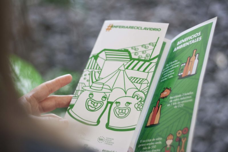 Diseño flyer ecovidrio