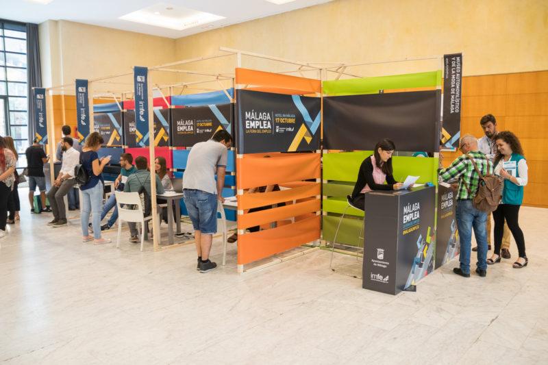 stands madera Málaga Emplea