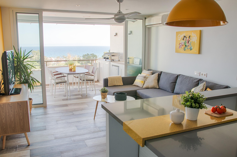 Muebles y decoraci n apartamento vacacional en aguadulce - Muebles anticrisis almeria ...