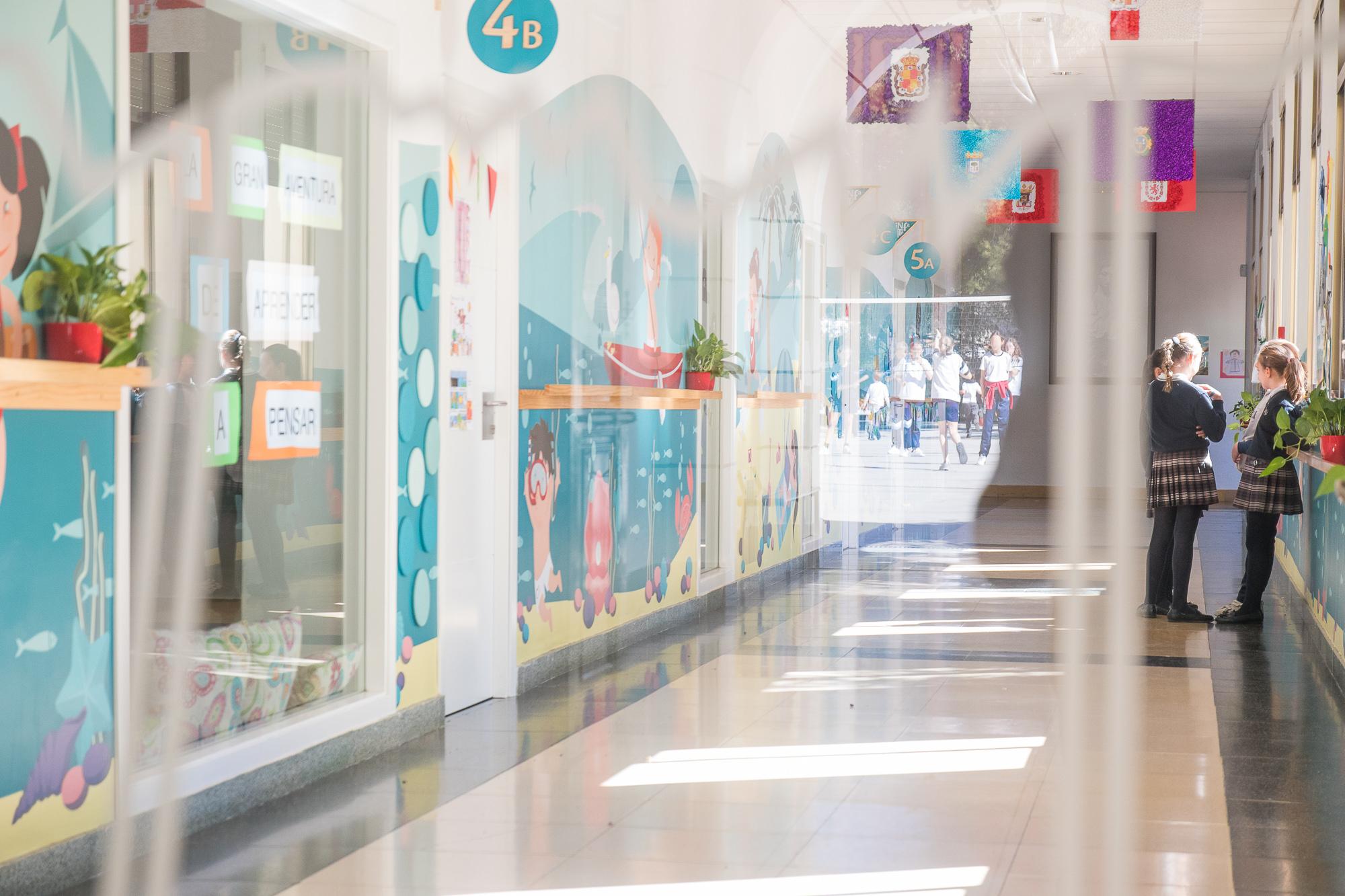 Vinilo decorativo Interiorismo para Colegio