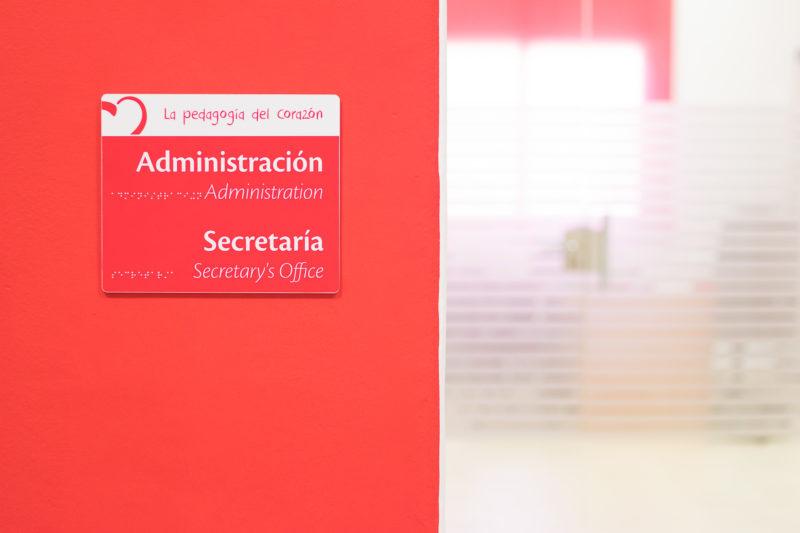 Señaletica vraie Interiorismo Colegio