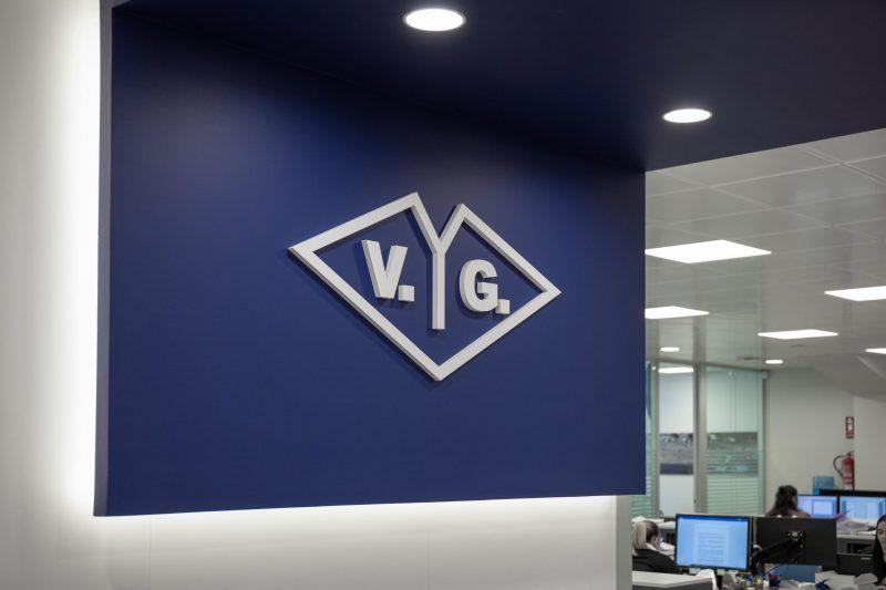 Interiorismo Corporativo Logo Antiguo